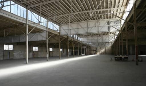 84,000 SF of Industrial Warehouses on 4.5 Acres in South Los Angeles, Los Angeles, CA   Peerspace