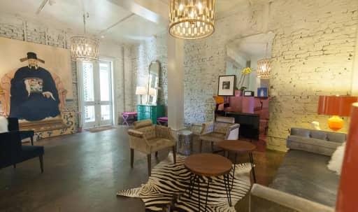 Bright Design District Villa with Multiple Rooms in Potrero Hill, San Francisco, CA   Peerspace