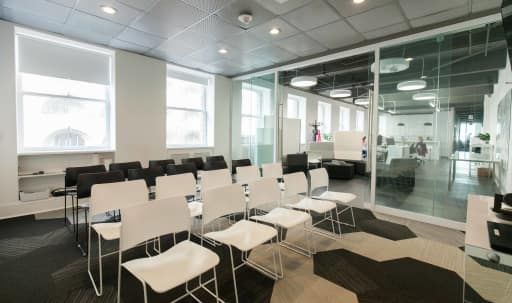 Prime Union Square location for corporate meetings, training seminar or offsite in Lower Nob Hill, San Francisco, CA | Peerspace