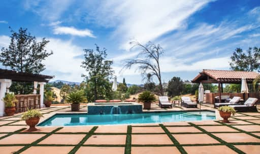 Tuscan Villa With Pool and Breathtaking Views in Woodland Hills, Woodland Hills, CA   Peerspace