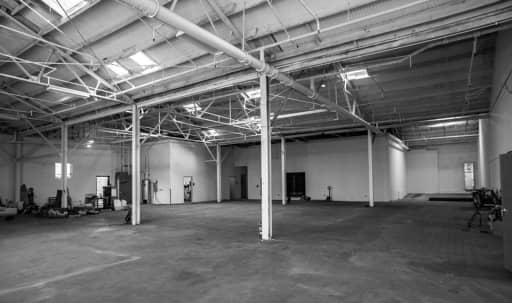 Spacious Warehouse with Charming Qualities in South Los Angeles, Los Angeles, CA | Peerspace