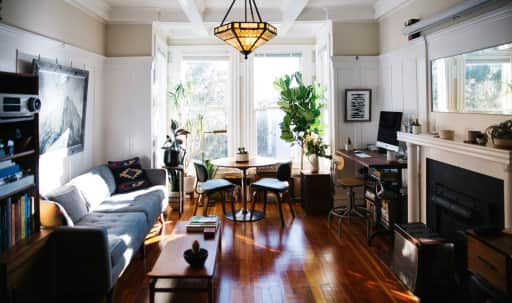Beautiful and Bright Edwardian Flat with Mid Century details. in Western Addition, San Francisco, CA | Peerspace