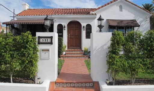 Character Spanish Bungalow in Larchmont Village (Los Angeles) near Production Studios in Central LA, Los Angeles, CA | Peerspace