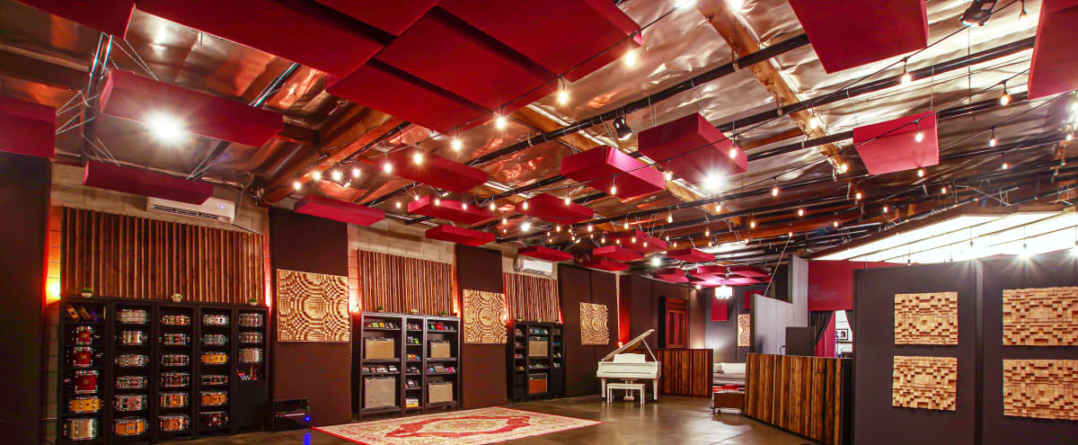Luxury Recording Studio - Sound Stage In Downtown Los Angeles in Los Angeles Hero Image in Central LA, Los Angeles, CA