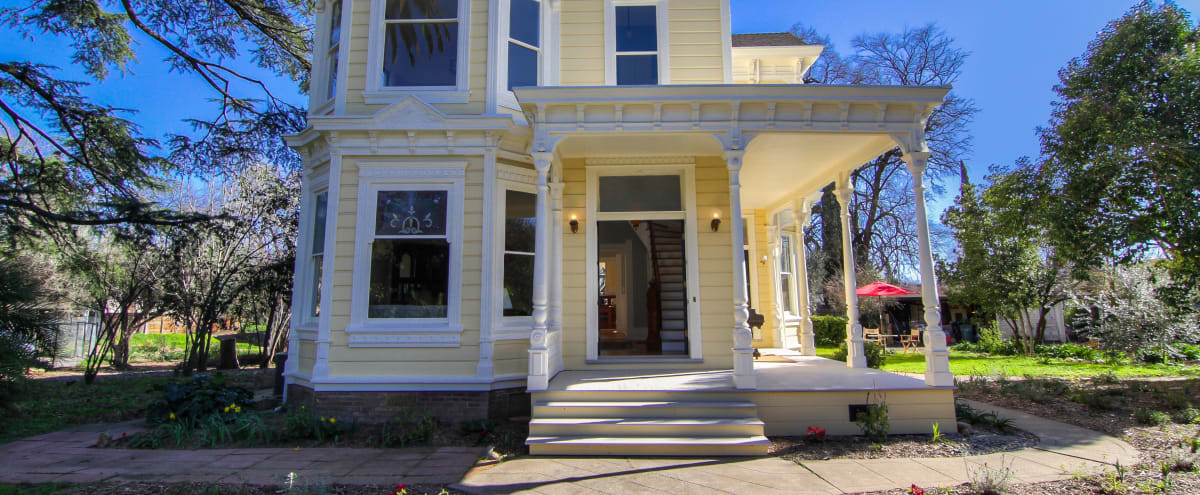 Spacious Victorian house & farm close to everything urban, feels country in Sacramento Hero Image in undefined, Sacramento, CA