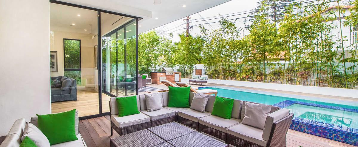 Exquisite LA Modern w/ Open Floor Plan in Los Angeles Hero Image in Sherman Oaks, Los Angeles, CA