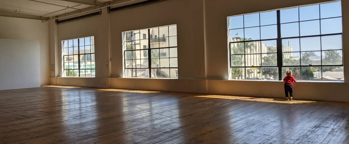 New York Style Daylight Loft in Los Angeles Hero Image in Hollywood, Los Angeles, CA