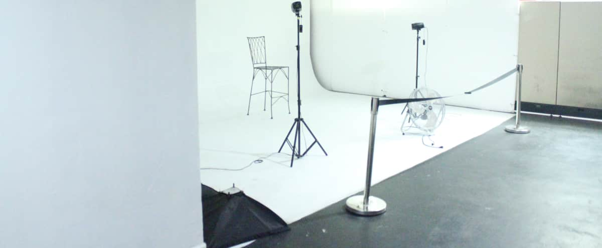 Creative artist and photography studio with infinity white wall in Chicago Hero Image in West Humboldt Park, Chicago, IL