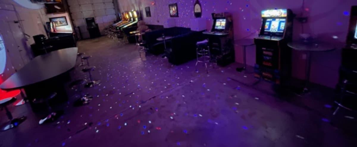 Retro Pinball Machines & Arcade Entertainment in Valencia Hero Image in Valencia, Valencia, CA