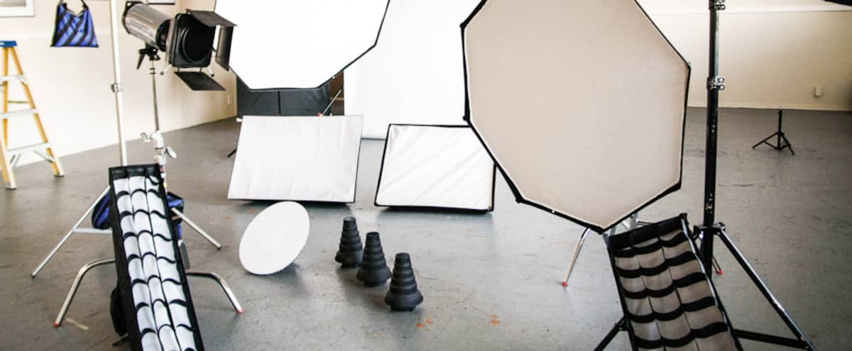 Photography Studio with Included Lighting Assistance in Oakland Hero Image in West Oakland, Oakland, CA