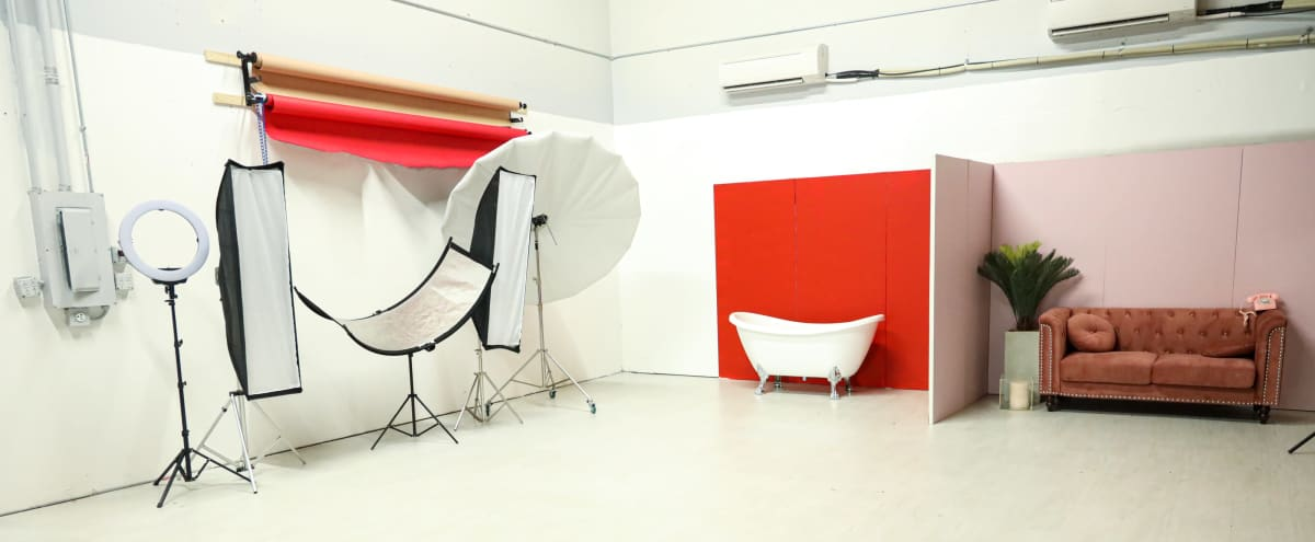 All-Inclusive Photo Studio For Creatives in Irving Hero Image in Lamar Brown, Irving, TX