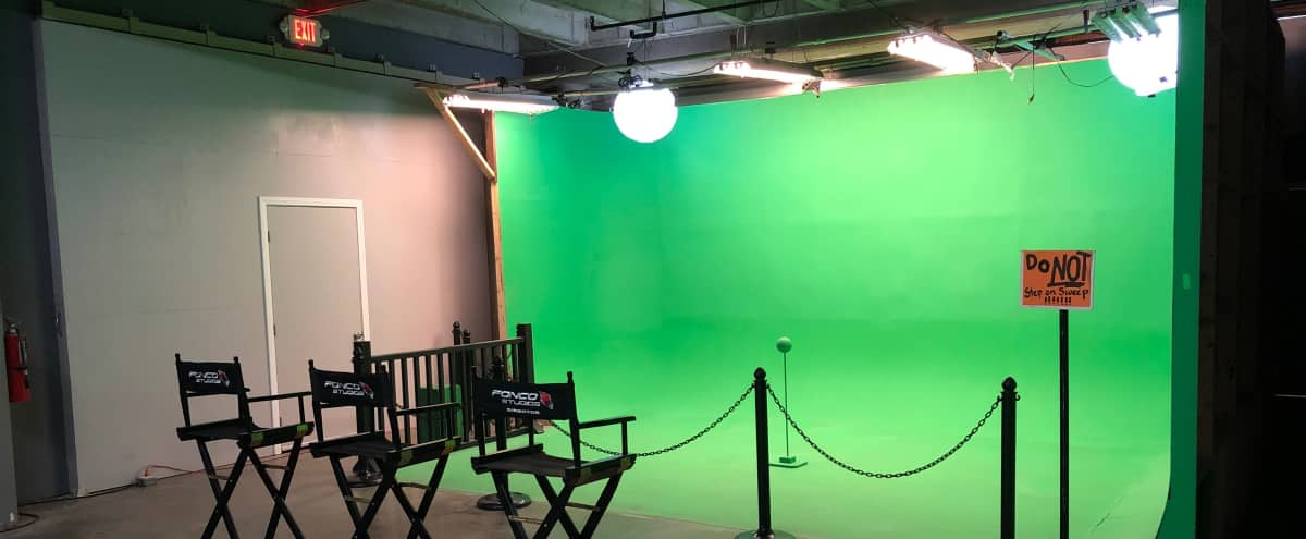 Green Screen with Amenities within Larger Insert Stage in Los Angeles Hero Image in Cypress Park, Los Angeles, CA