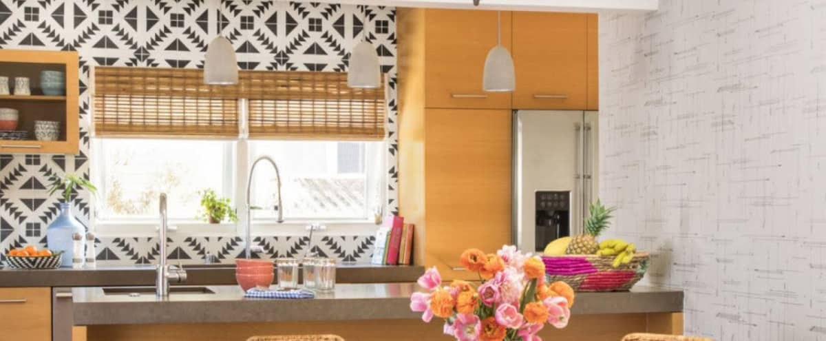 Light and Bright Kitchen Living and Outdoor space. in Los Angeles Hero Image in Mar Vista, Los Angeles, CA