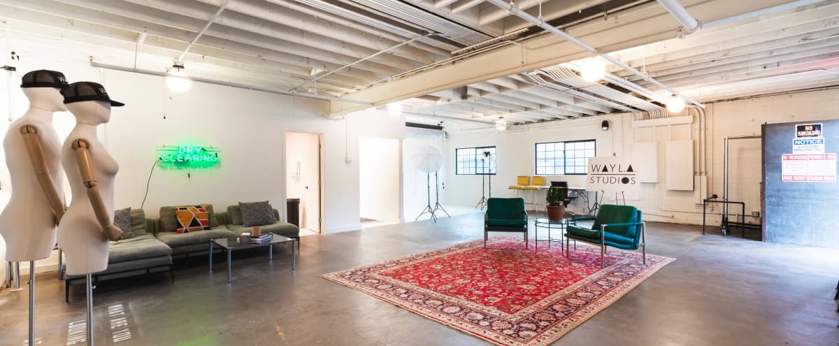 Midtown Studio B (The Lounge): Great Lighting, Private Everything, Awesome Location! in Phoenix Hero Image in Del Monte North, Phoenix, AZ