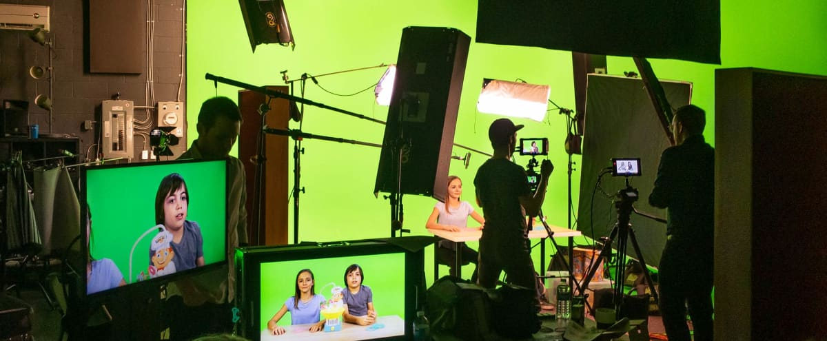 Flexible & Convenient Film Production Studio in Toronto Hero Image in Alderwood, Toronto, ON