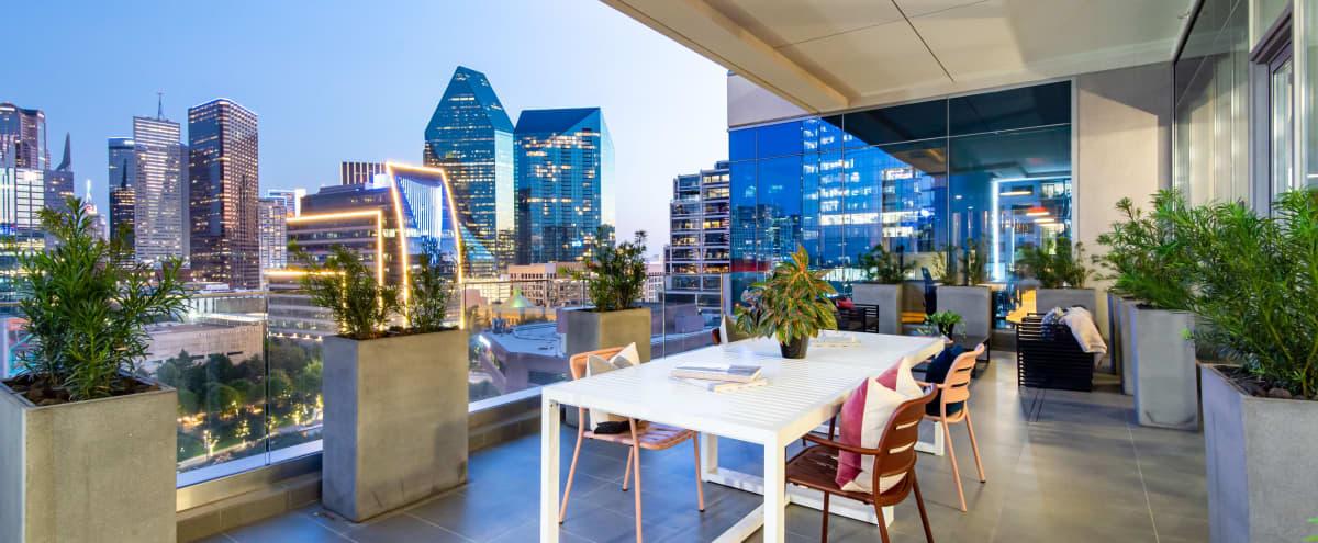 Modern design Indoor & Outdoor lounge with amazing views of Dallas in Dallas Hero Image in Uptown, Dallas, TX