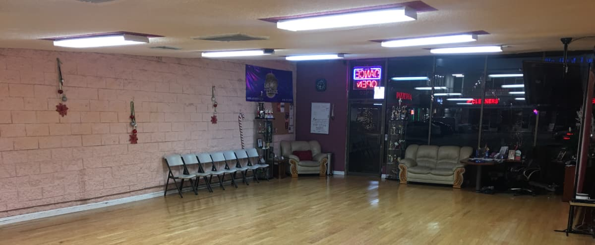 Spacious Dance Studio in Tarzana in Tarzana Hero Image in Tarzana, Tarzana, CA