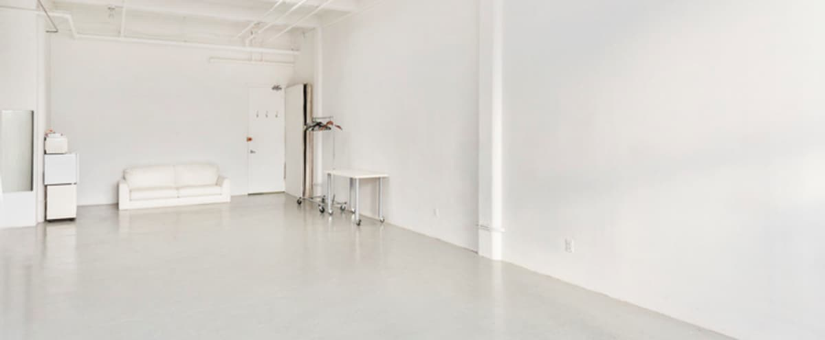 Daylight, Open, White Space in West Chelsea in New York Hero Image in Midtown, New York, NY