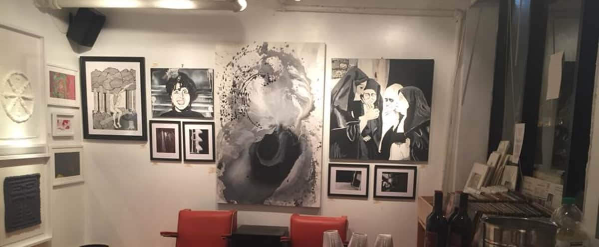 Intimate Art Gallery Setting in Chicago Hero Image in Bowmanville, Chicago, IL