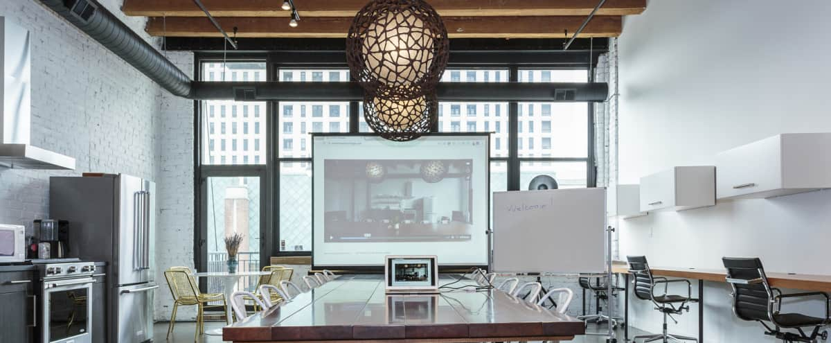 Bright, Light-filled Loft Perfect for Meetings in the South Loop in Chicago Hero Image in South Loop, Chicago, IL