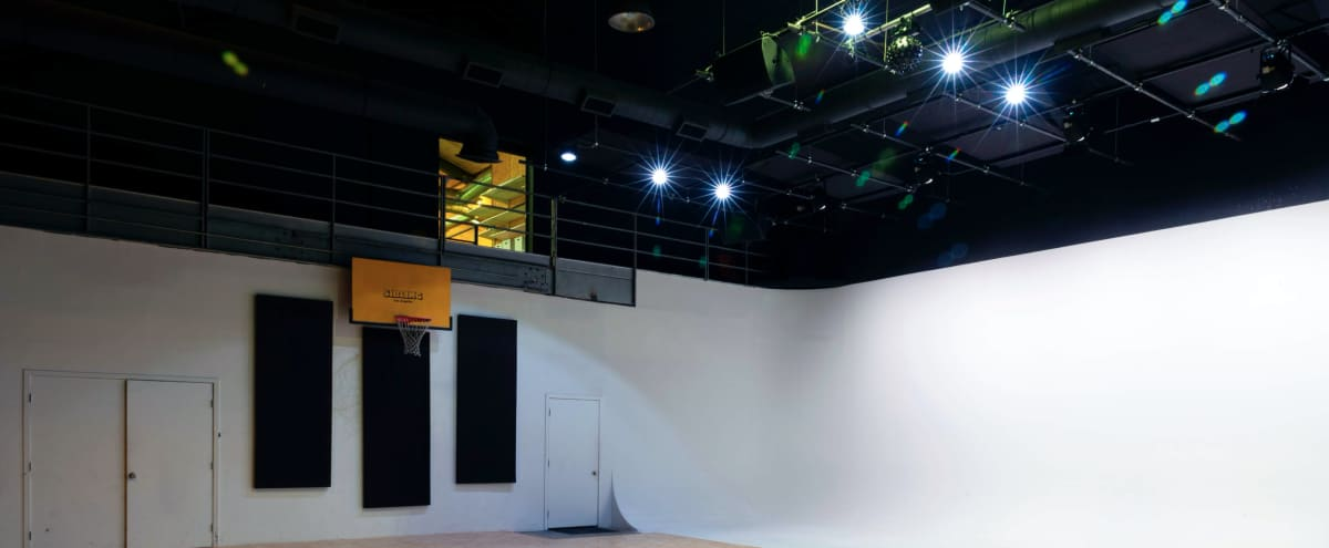 2,000 sq ft Flexible Studio with Green Room and 50 ft White Cyc Wall in Los Angeles Hero Image in Atwater Village, Los Angeles, CA