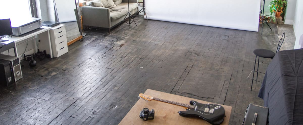 Spacious Industrial Loft with Beautiful Natural Light in Brooklyn Hero Image in Red Hook, Brooklyn, NY
