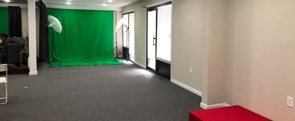 Spacious open space for photoshoot, filming, or photography in Alpharetta Hero Image in undefined, Alpharetta, GA