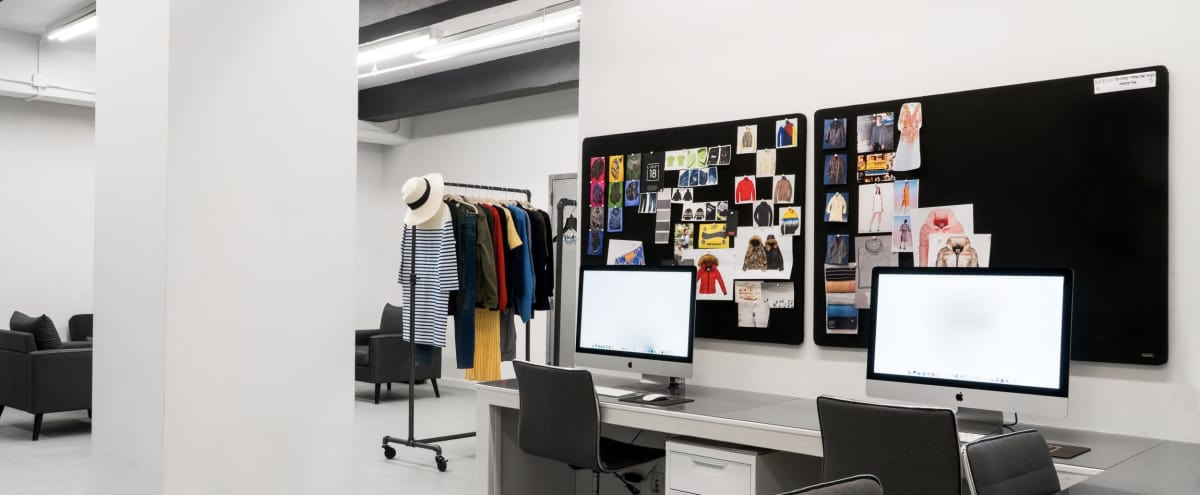 Fashion Product Photography Studio in New York Hero Image in Midtown, New York, NY