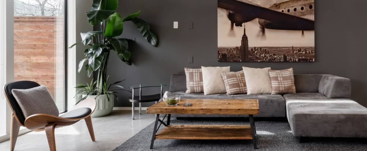 Modern, Elegant and Spacious House- Perfect for Shoots and Meetings in Dallas Hero Image in Old East Dallas, Dallas, TX