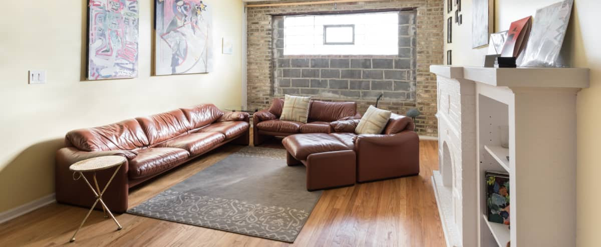 Luxe Pad for Small, Exclusive Productions in Chicago Hero Image in Humboldt Park, Chicago, IL
