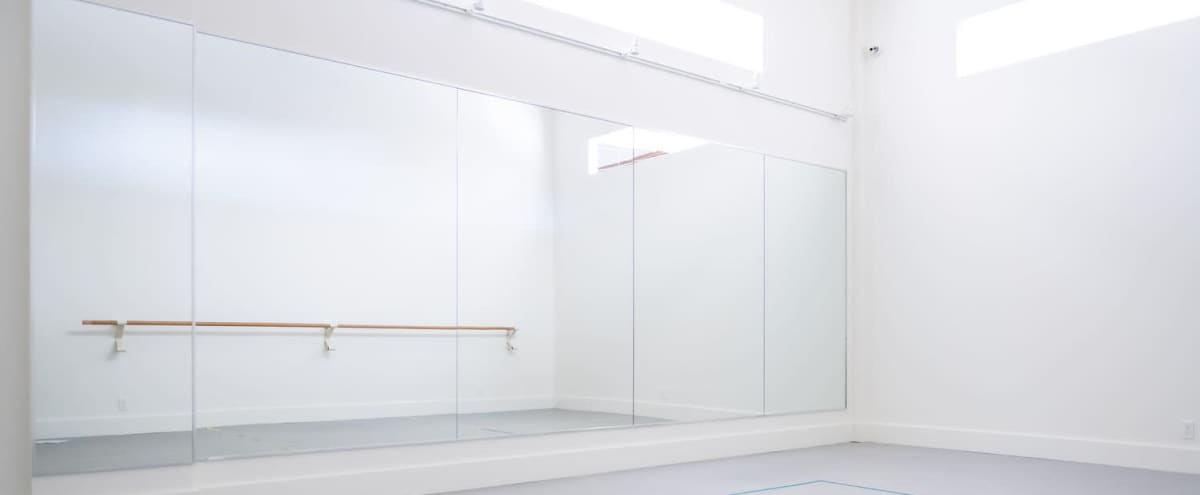 White Box Studio in Toronto in Toronto Hero Image in Dovercourt Park, Toronto, ON