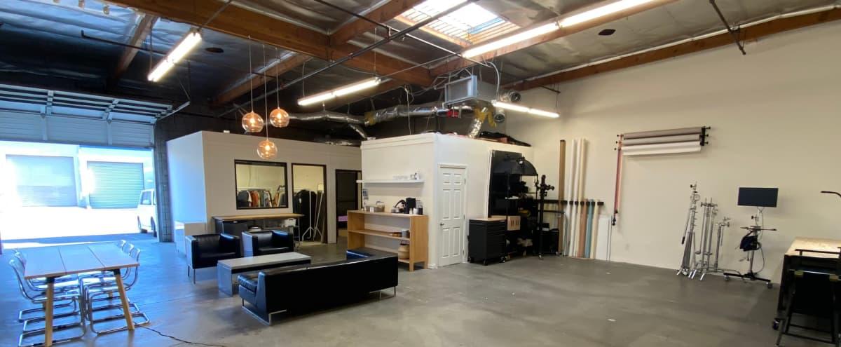 1600 sq ft  Roomy Photo & Event Studio / Workspace in Glendale Hero Image in Grand Central, Glendale, CA