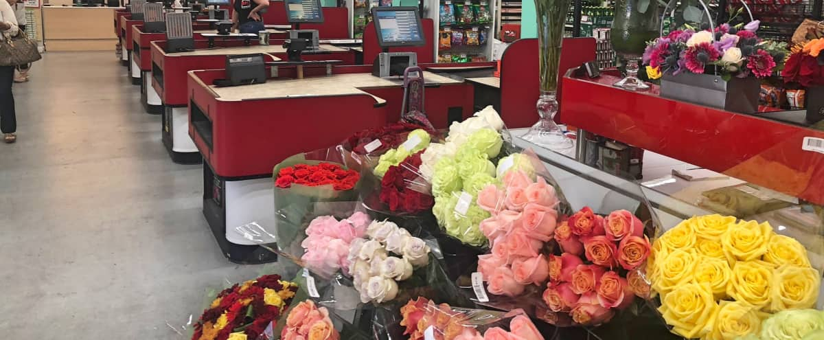 Big Market, Restaurant, Flower shop , Bakery in Glendale Hero Image in Vineyard, Glendale, CA