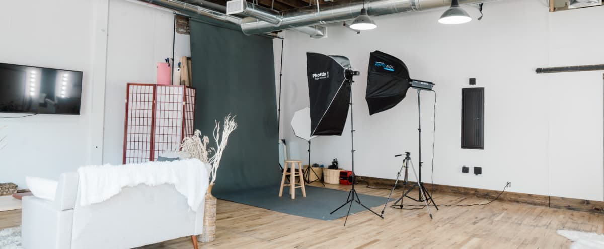 Downtown Rustic/Boho Studio with Loads of Natural Light in Chattanooga Hero Image in Alton Park, Chattanooga, TN