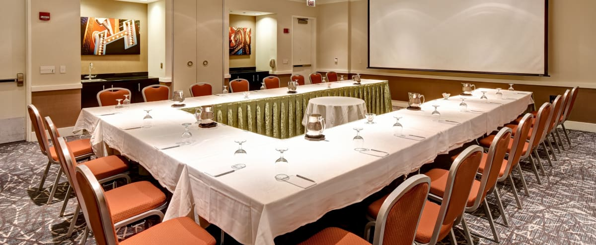 Meeting Room in Downtown Chicago in Chicago Hero Image in Near North Side, Chicago, IL