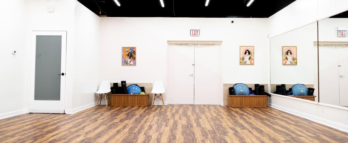 Artsy Studio Space in North Charlotte in Charlotte Hero Image in College Downs, Charlotte, NC