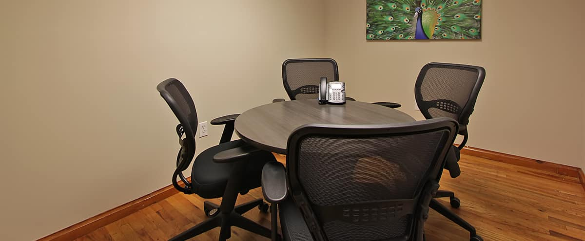 Chelsea Small Meeting Room Space in New York Hero Image in Midtown, New York, NY
