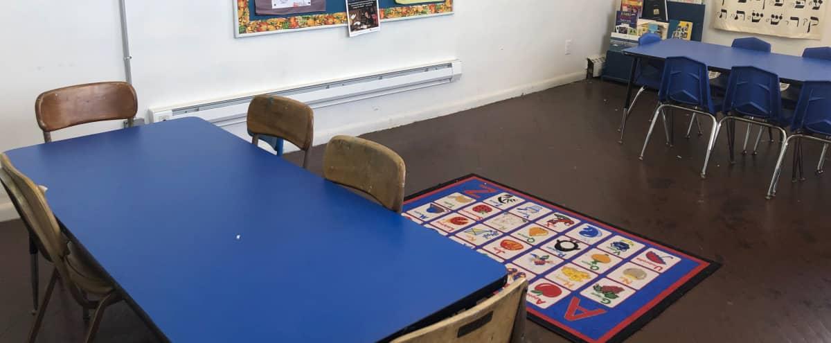School Classrooms in Neponsit Hero Image in Neponsit, Neponsit, NY
