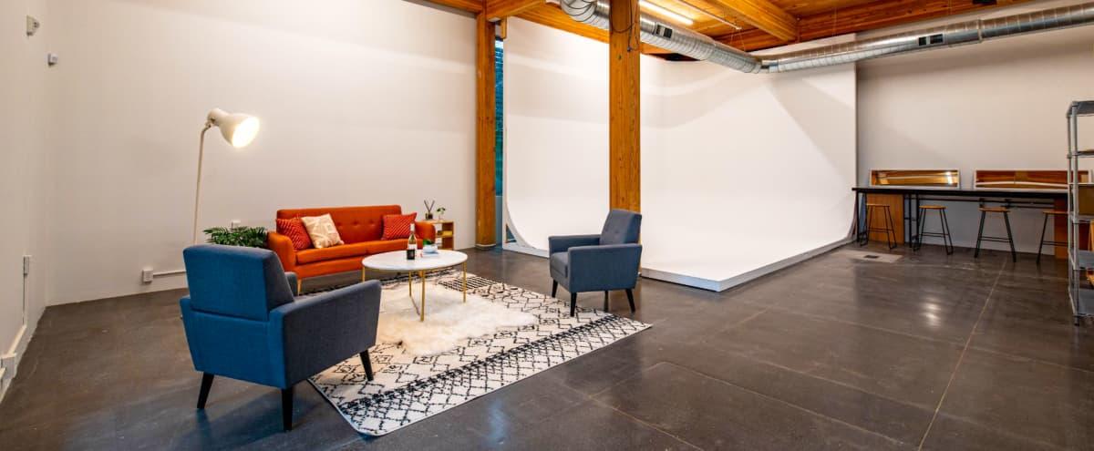 Sophisticated City Studio in Portland Hero Image in North Portland, Portland, OR