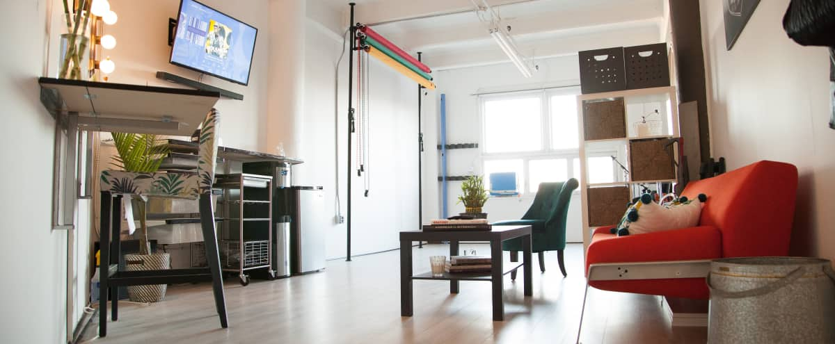 Cozy Photostudio Loft in Dumbo, Backdrops, and East Facing Windows (Natural Light) in Brooklyn Hero Image in Downtown Brooklyn, Brooklyn, NY