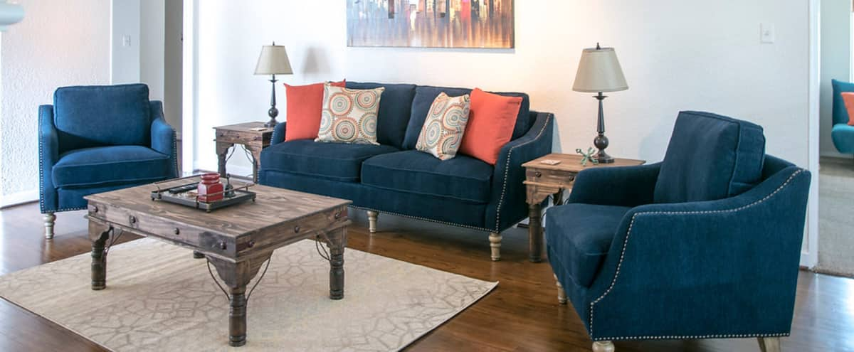 Highland Park Beauty! Enchanting and Inviting! (Upper level) in Dallas Hero Image in Park Cities, Dallas, TX