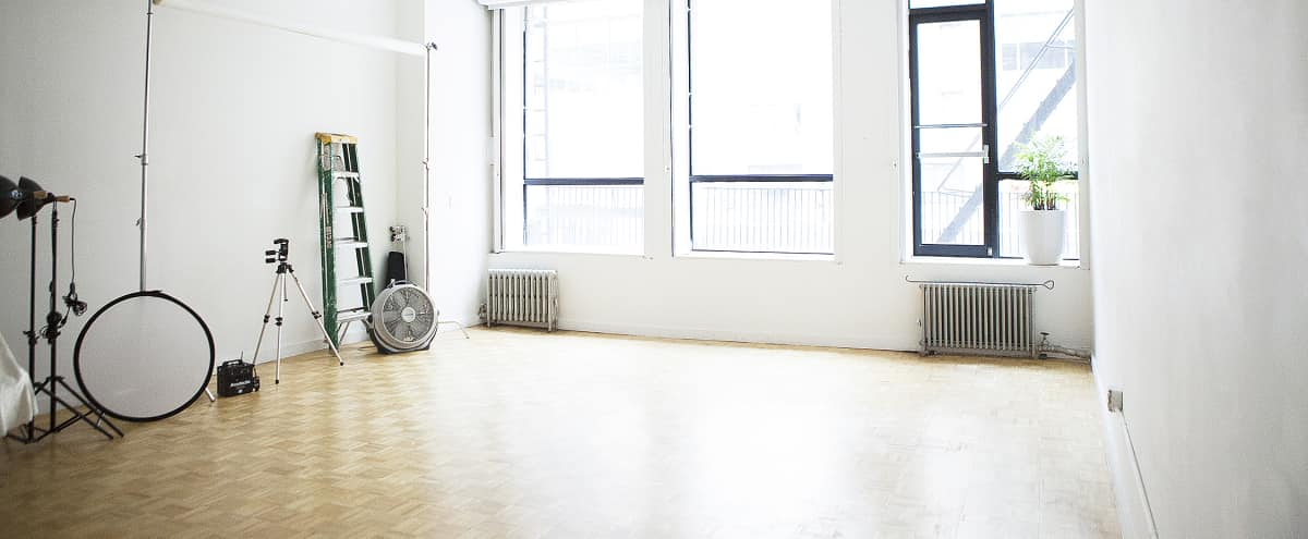 Spacious Studio next to Bryant Park in NEW YORK Hero Image in Midtown, NEW YORK, NY