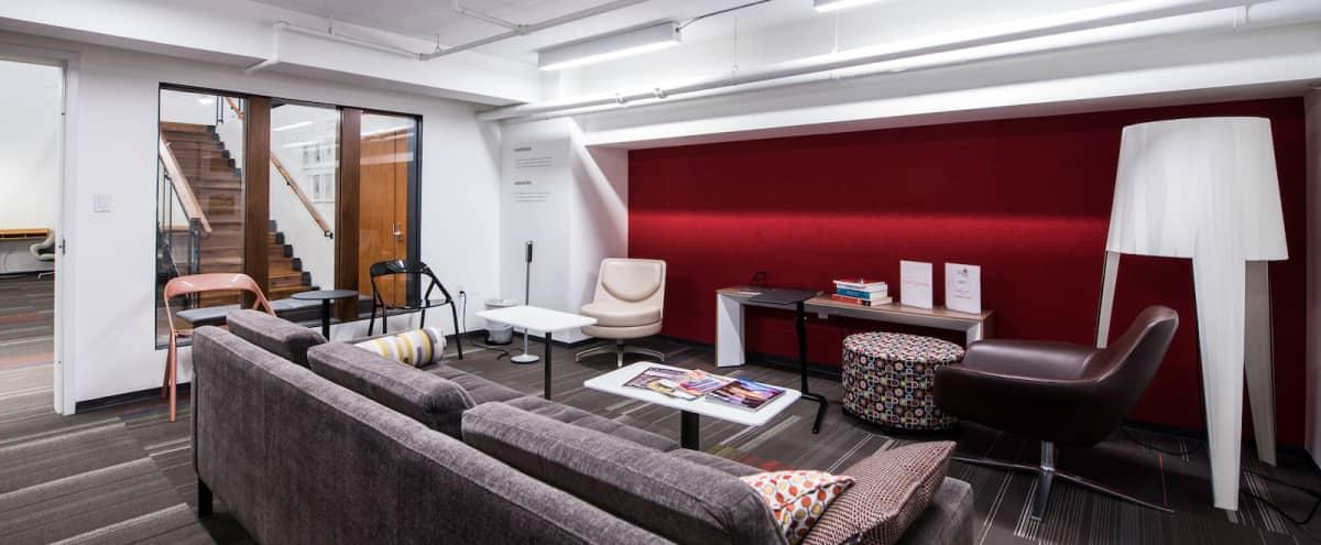 Relaxed Meeting Room Environment in Washington DC Hero Image in Penn Quarter, Washington DC, DC
