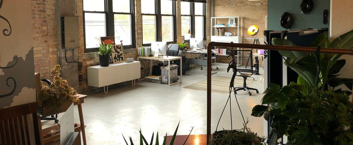 Ravenswood Loft available for film/photo shoots, audio recordings, music videos, meetings and more in Chicago Hero Image in Uptown, Chicago, IL
