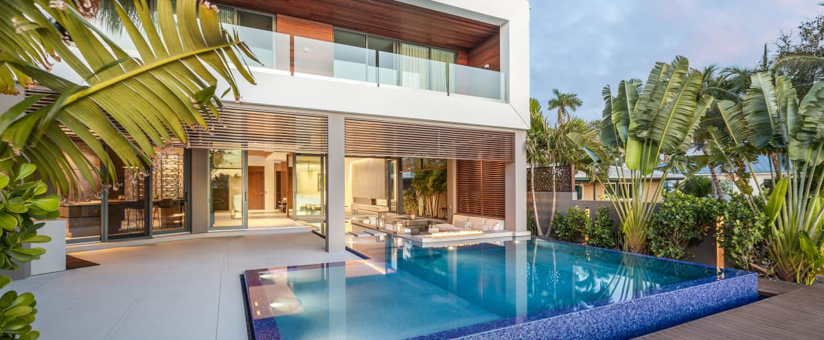 Luxury Modern Tropical Beach house South Florida in FORT LAUDERDALE Hero Image in Dolphin Isles, FORT LAUDERDALE, FL