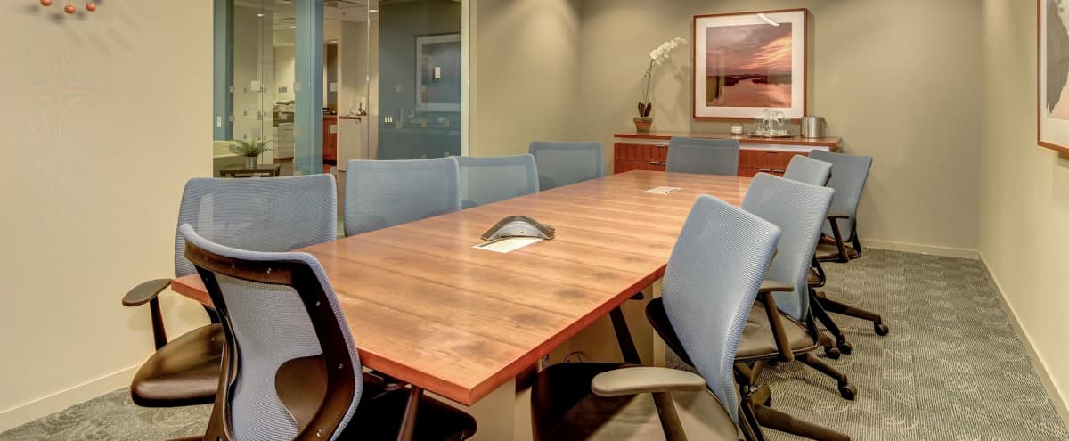 Private Boardroom for 10 in Arlington Hero Image in North Rosslyn, Arlington, VA