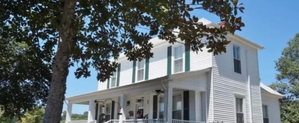 Serene Historic Farmhouse in Senoia Hero Image in undefined, Senoia, GA