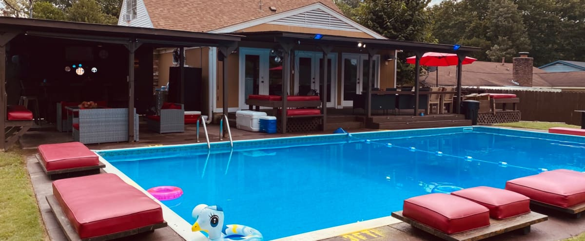 InTown Bar with Pool view in Memphis Hero Image in Springhill, Memphis, TN