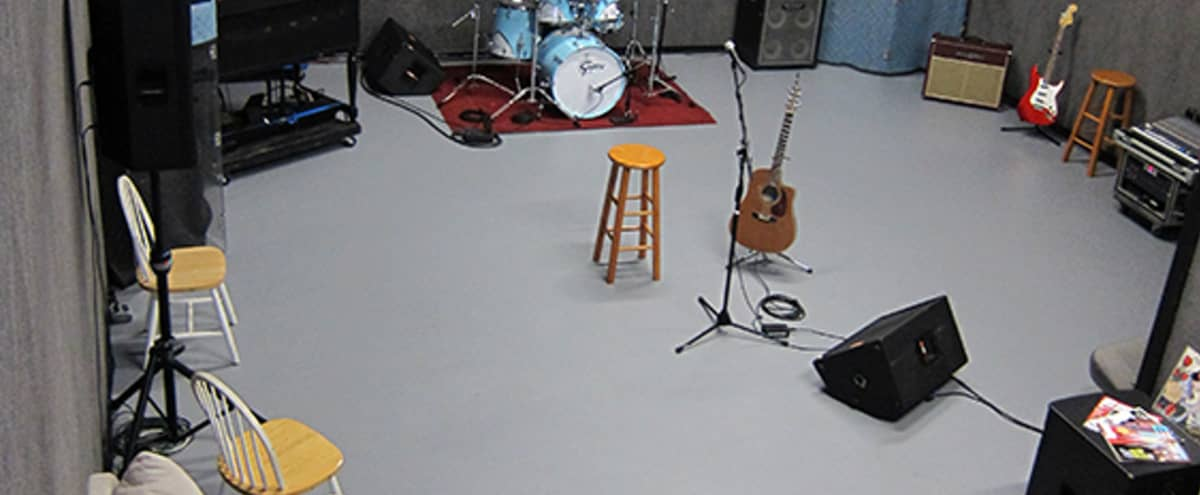 Warehouse Style Rehearsal Space in Houston Hero Image in Spring Branch West, Houston, TX