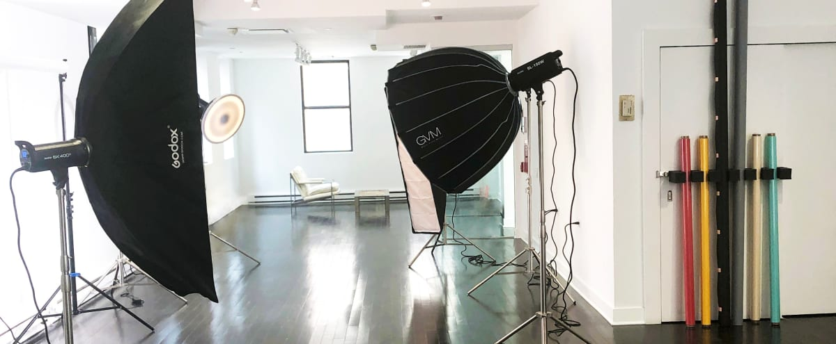 Midtown Photo Studio - Equipment Included in New York Hero Image in Midtown Manhattan, New York, NY